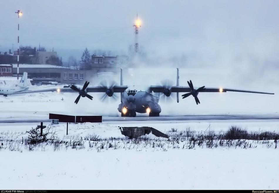 ロシア軍機フォトコンテスト 「暴力的美しさ」