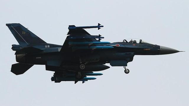 米軍のF-15戦闘機がAIM-120を搭載 各国の武器搭載の戦闘機の一覧