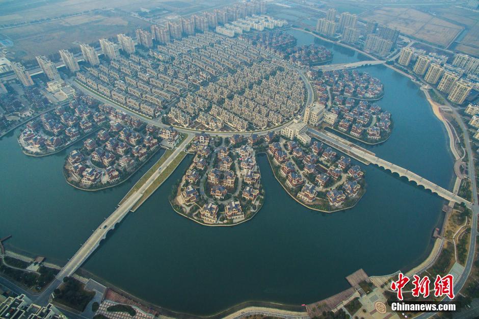 江蘇省の農民集中住宅地 水の都ヴェネツィアのようコメント