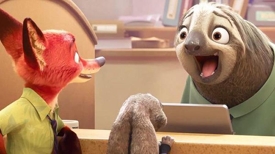 ディズニー映画『ズートピア』がこのほど、映画界で話題になっている。映画に登場する「フラッシュ」という名前のナマケモノは大きな目を瞬きさせて大人・子供を虜
