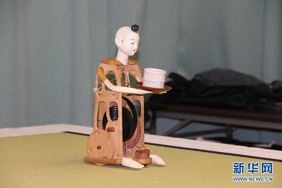 独特な魅力 日本のからくり人形_...
