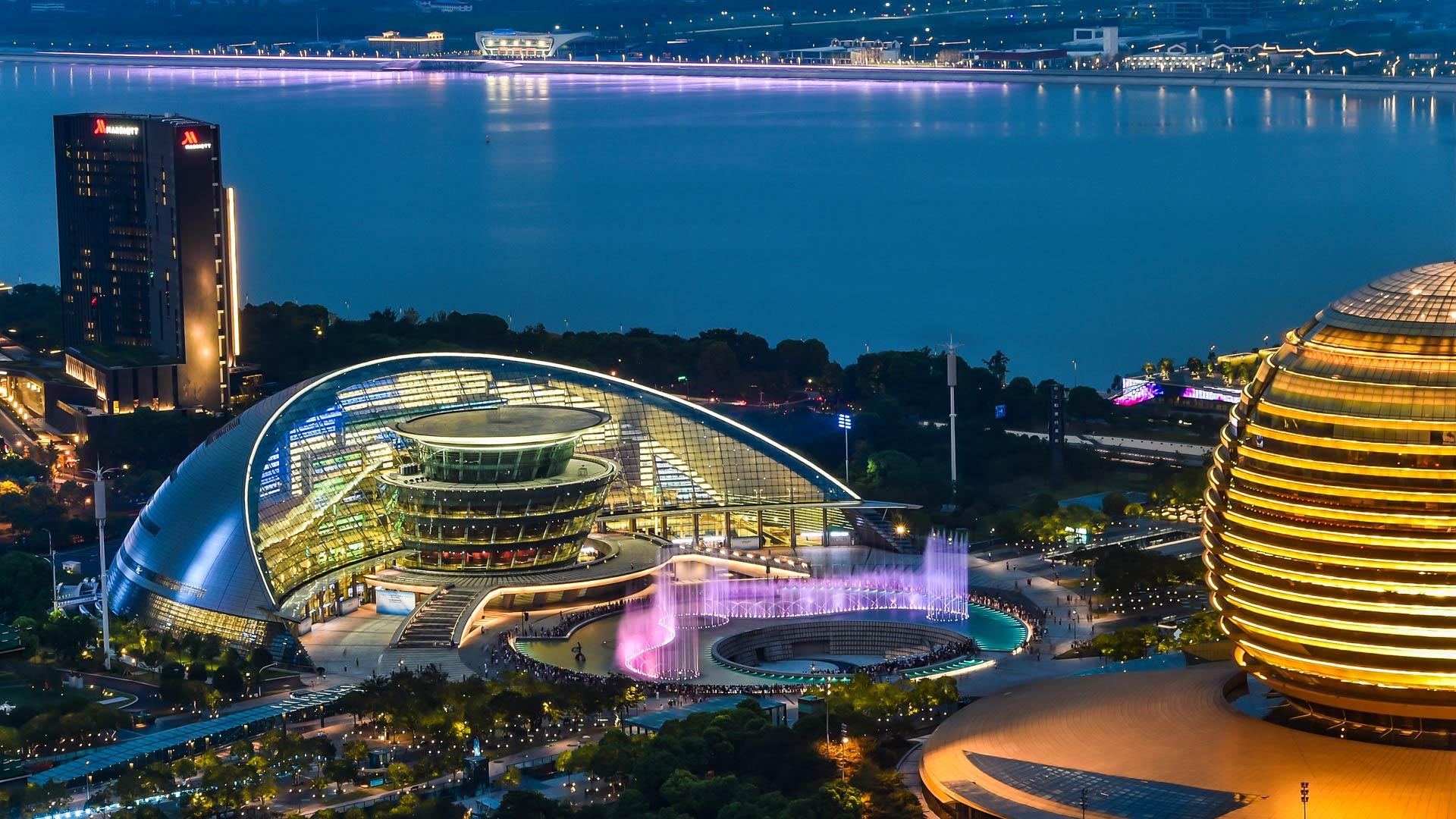 G20サミット開催地 杭州市の鮮や...