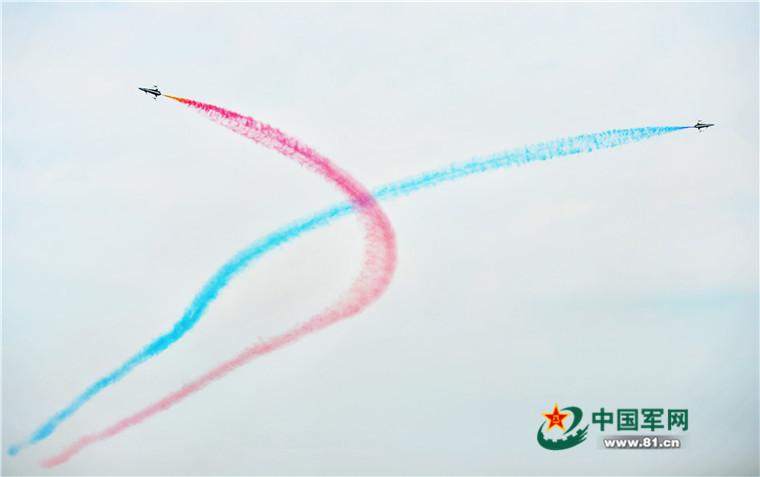 空軍公開活動 アクロバット飛行をあらゆる角度から観察コメント