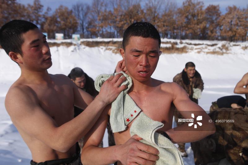 黒竜江省黒河市 国境警備兵が「...