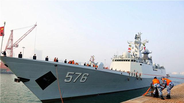 「日本をめぐる航行」、中国の艦隊が帰港