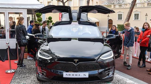 第1回モナコ国際自動車展示会が開幕