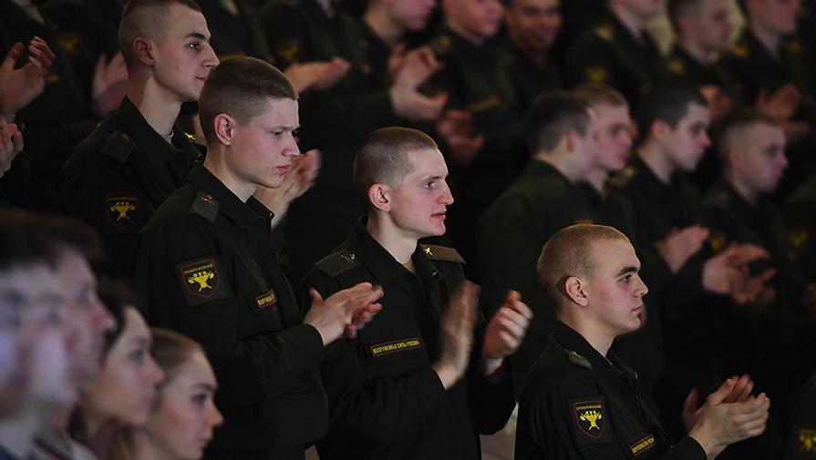 ロシア軍の演奏集団、墜落事故後に初登場