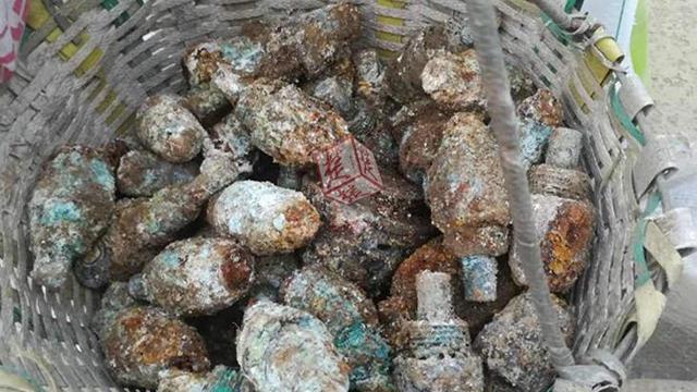 村民が旧日本軍の遺留弾頭を大量に掘り出す 宝と思い持ち帰る