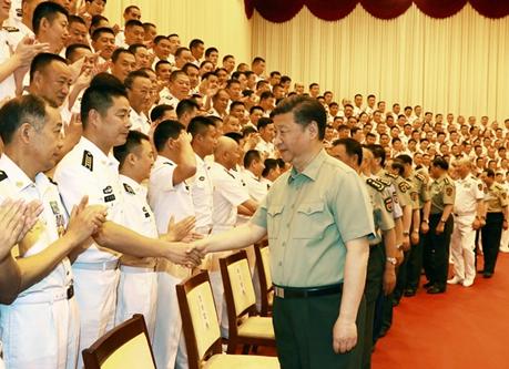 習近平総書記が海軍視察「強大な海軍の建設に努力せよ」