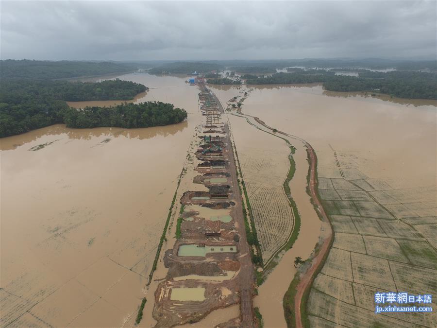 (国际)(2)斯里兰卡洪水和山体滑坡造成的死亡人数升至169人