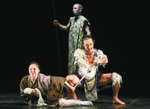 世界的演出家・鈴木忠志の「トロイアの女」が北京で上演