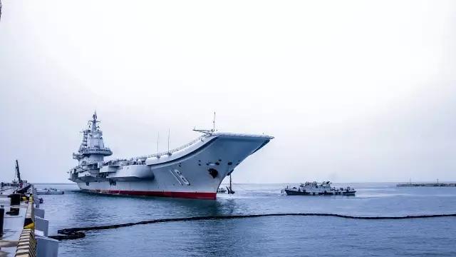「遼寧艦」空母艦隊、青島の某軍港に帰還