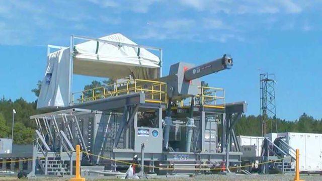 米海軍、レールガンを連続発射