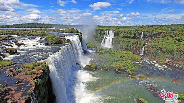 熱狂のブラジル(三)、イグアスの滝を訪れて