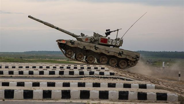中国戦車競技代表チーム、ロシアで初戦を制する