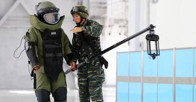 特戦隊員、高温のテロ対策訓練を実施