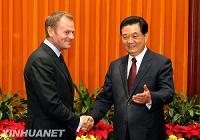 Встреча Ху Цзиньтао с премьер-министром Польши