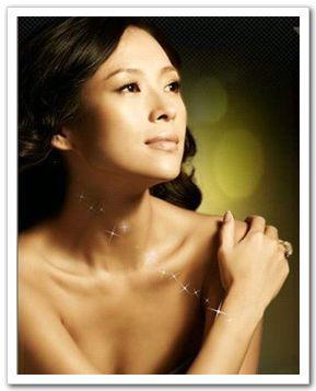Чжан Цзыи в новой рекламе мобильного телефона китайского производства