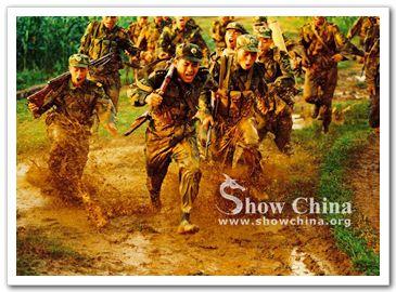 Военнослужащие КНР