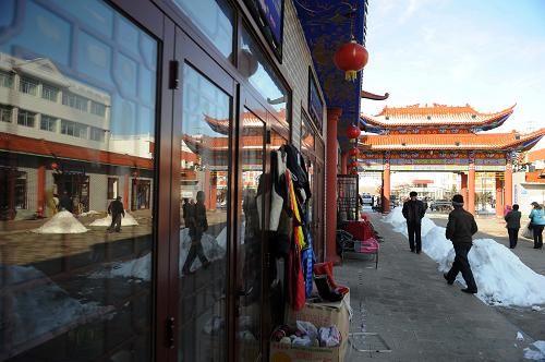 Пограничная торговля в КПП «Зимунай» Синьцзян-Уйгурского автономного района процветает