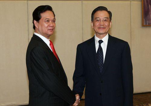 Встреча Вэнь Цзябао с премьер-министром Вьетнама
