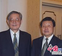 Заместитель председателя ПК ВСНП Чжоу Гуанчжао и заместитель председателя Китайской ассоциации научно-технического сотрудничества, бывший научно-технический советник Китая в России Сунь Ваньху