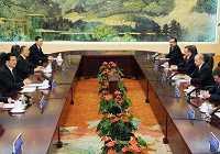 Встреча Ху Цзиньтао с главами правительств Казахстана, Кыргызстана, РФ, Таджикистана и Узбекистана