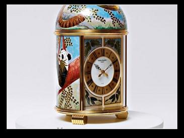 Роскошные фирменные часы с восточными элементами