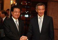 Председатель КНР Ху Цзиньтао провел встречу с премьер-министром Сингапура Ли Сиен Луном