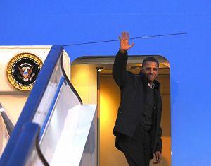 Президент США Б. Обама завершил визит в Китай и отбыл из Пекина