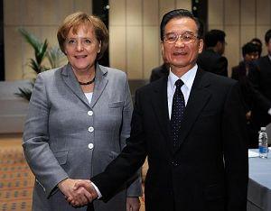 Вэнь Цзябао встретился с главами правительств Великобритании, Германии и Японии