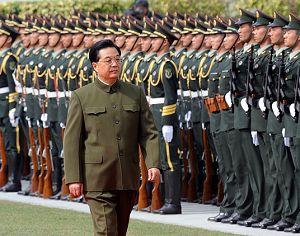 Срочно: Ху Цзиньтао посетил контингент НОАК, расквартированный в Аомэне