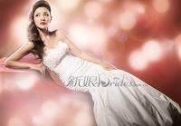 Ху Кэ в свадебных платьях