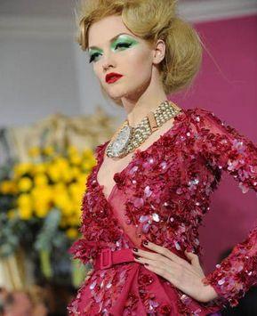 Презентация коллекции одежды ?Christian Dior? весенне-летнего сезона 2010 года в Париже