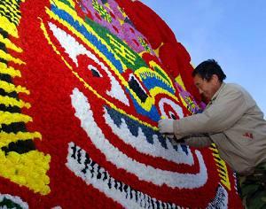 Украшения храмовой ярмарки Лунтань в Пекине