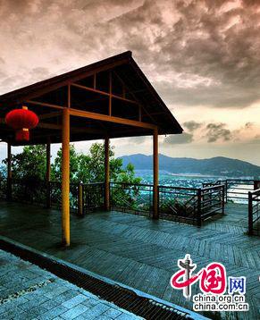 Путешествие по провинции Хайнань: парк Лухуэйтоу в городе Санья