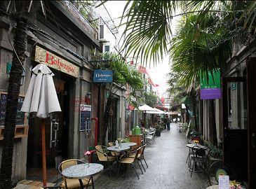 Красивый художественный переулок Тяньцзыфан в Шанхае