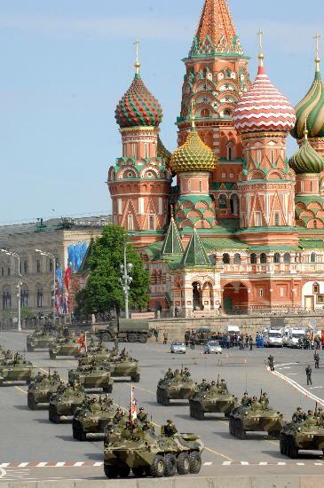 Замечательные снимки военного парада на Красной площади в 2008 году