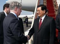 Ху Цзиньтао прибыл в Москву для участия в мероприятиях, посвященных 65-й годовщине победы в Великой Отечественной войне