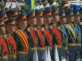 Повтор Военного парада в честь 65-й годовщины Победы в Великой Отечественной войне