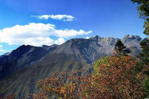 Горы Цинчэншань в провинции Сычуань