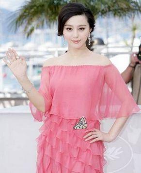 Четыре потрясающих наряда Фань Бинбин на Каннском кинофестивале