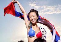 Юй Юнлинь в новых снимках, посвященных Чемпионату мира по футболу-2010