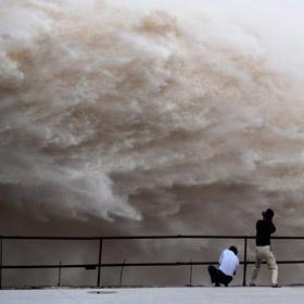 Наводнение в этом году такое же серьезное, как и в 1998 году? 10
