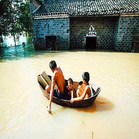 Наводнение в этом году такое же серьезное, как и в 1998 году? 15