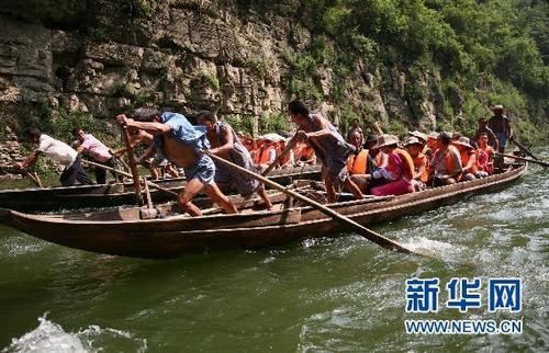 Высокий уровень воды стимулирует туризм в «Санься» в сезон наводнений