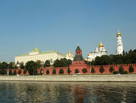 Дым от лесных пожаров уходит из Москвы