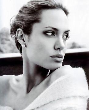 Сексуальная Анджелина Джоли