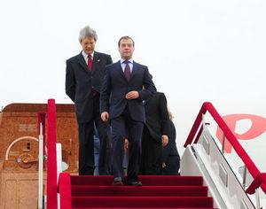 Президент России Дмитрий Медведев прибыл в Далянь, начав государственный визит в Китай