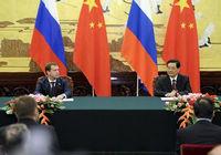 Председатель КНР Ху Цзиньтао и президент РФ Д.Медведев ответили на вопросы СМИ